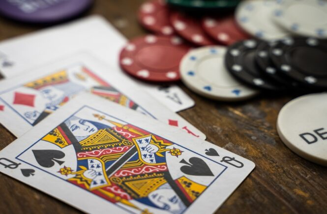 Tips to hone your poker skills and bring it to the next level