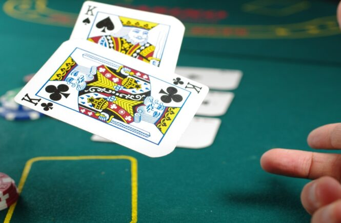 6 Reasons Why You Might Be Losing On Blackjack