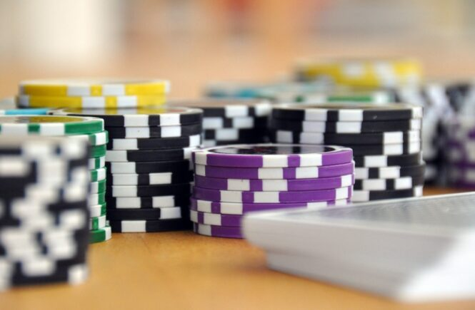 How To Calculate Odds In The Game Of Poker?