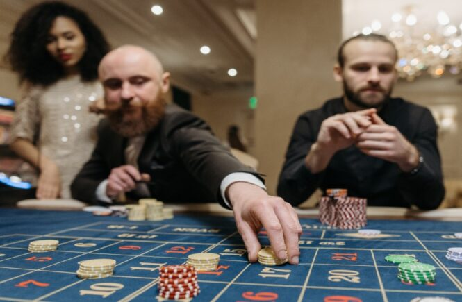 Top 5 High Rollers in Gambling History