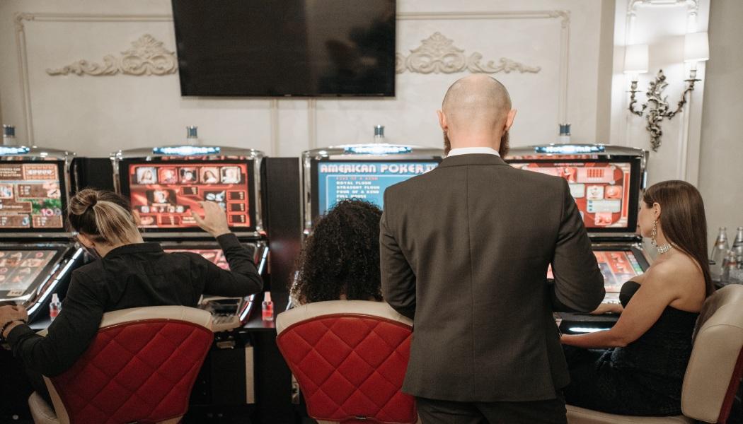Bagaimana Meningkatkan Keuntungan Anda Saat Bermain Slot Online?